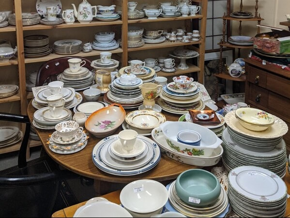 Antique Chinaware & Tableware  | Arnprior